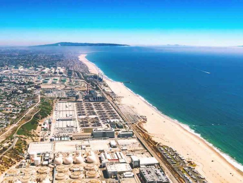 Aerial view of an oil refinery on the beach of El Segundo, Los Angeles, CA